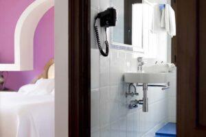Deluxe Confort Double Room - Hostal Alhambra