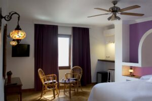 Deluxe Confort Double Room - Hostal Alhambra